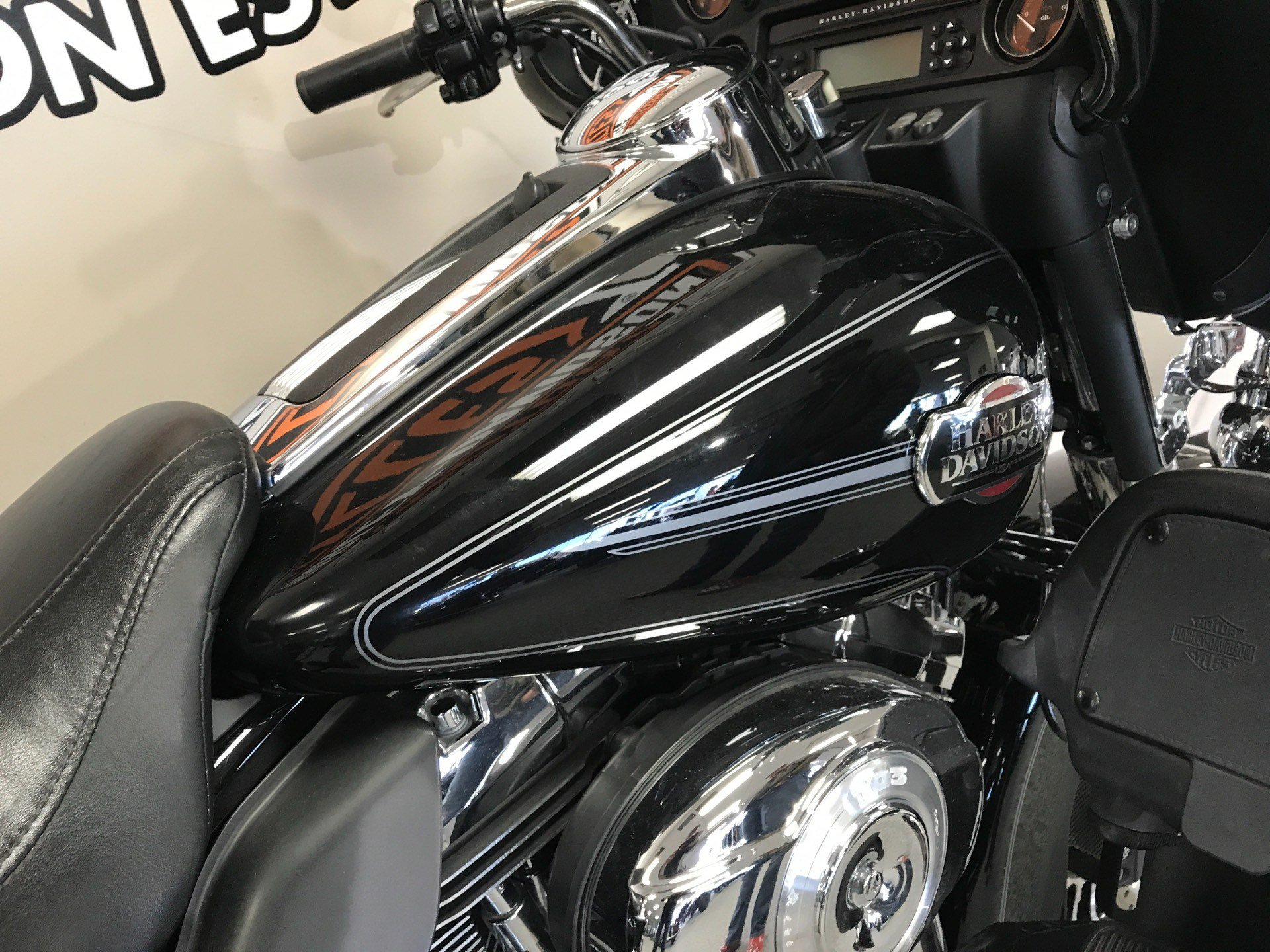 2012 Harley-Davidson Ultra Classic® Electra Glide® in Knoxville, Tennessee - Photo 5
