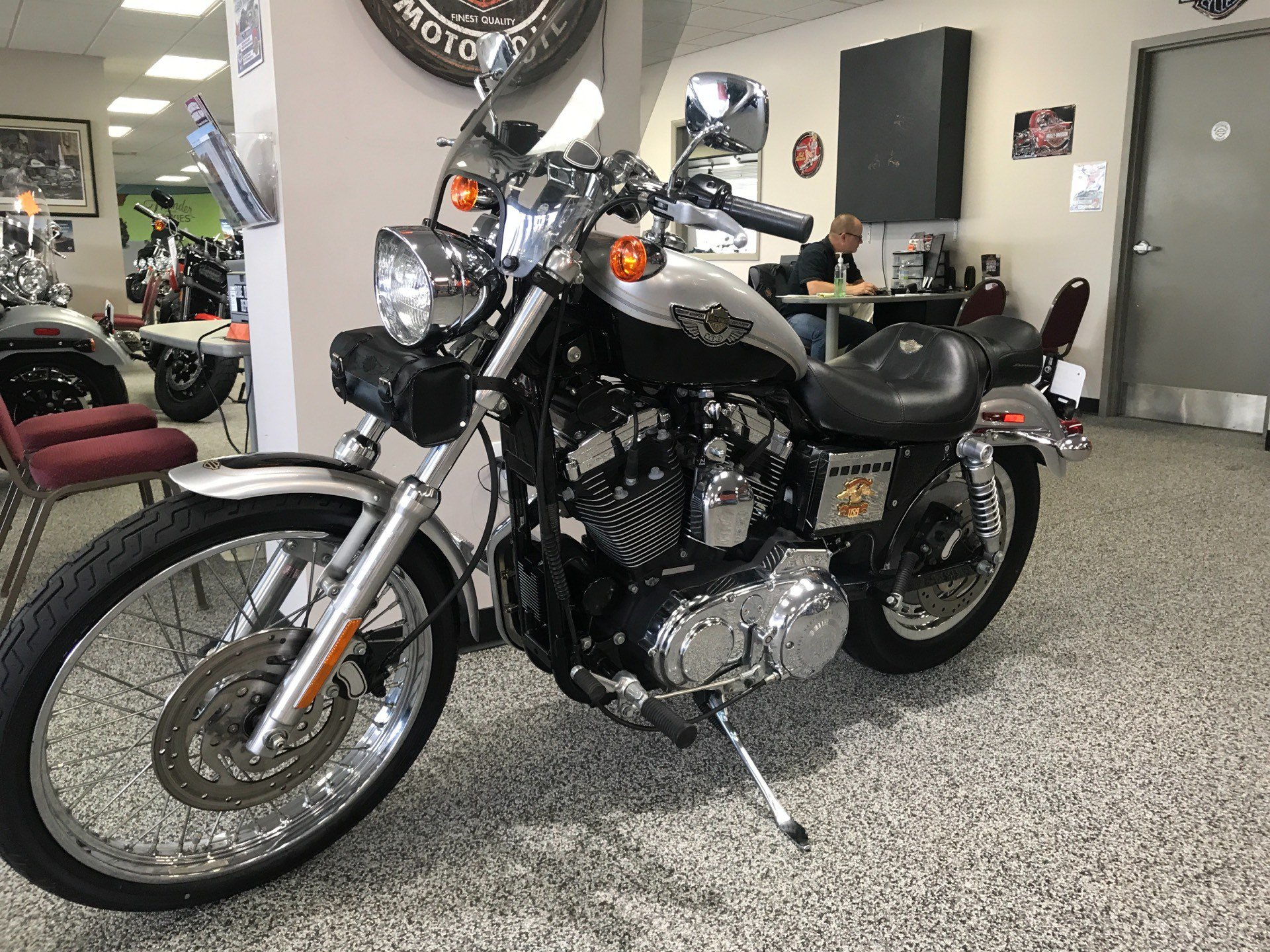 2003 Harley-Davidson XL 1200C Sportster® 1200 Custom in Knoxville, Tennessee - Photo 24