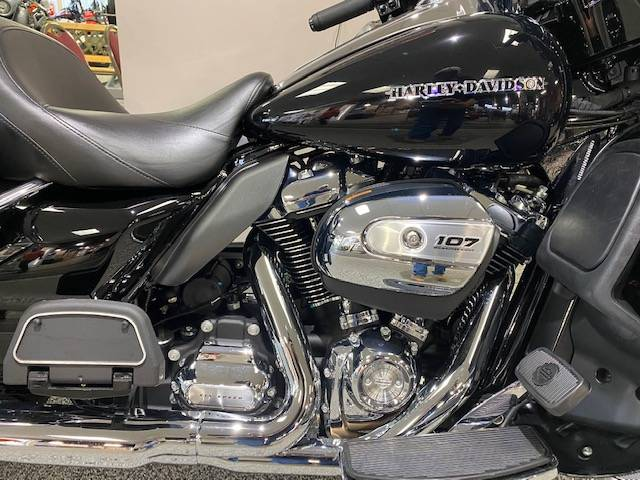 2018 Harley-Davidson ULTRA LIMITED in Knoxville, Tennessee - Photo 2