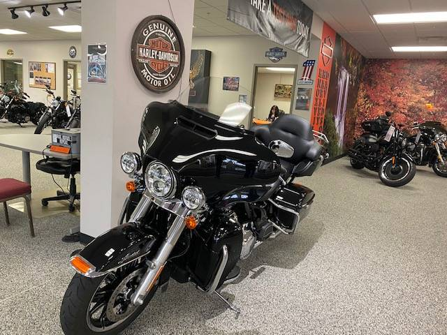 2018 Harley-Davidson ULTRA LIMITED in Knoxville, Tennessee - Photo 16