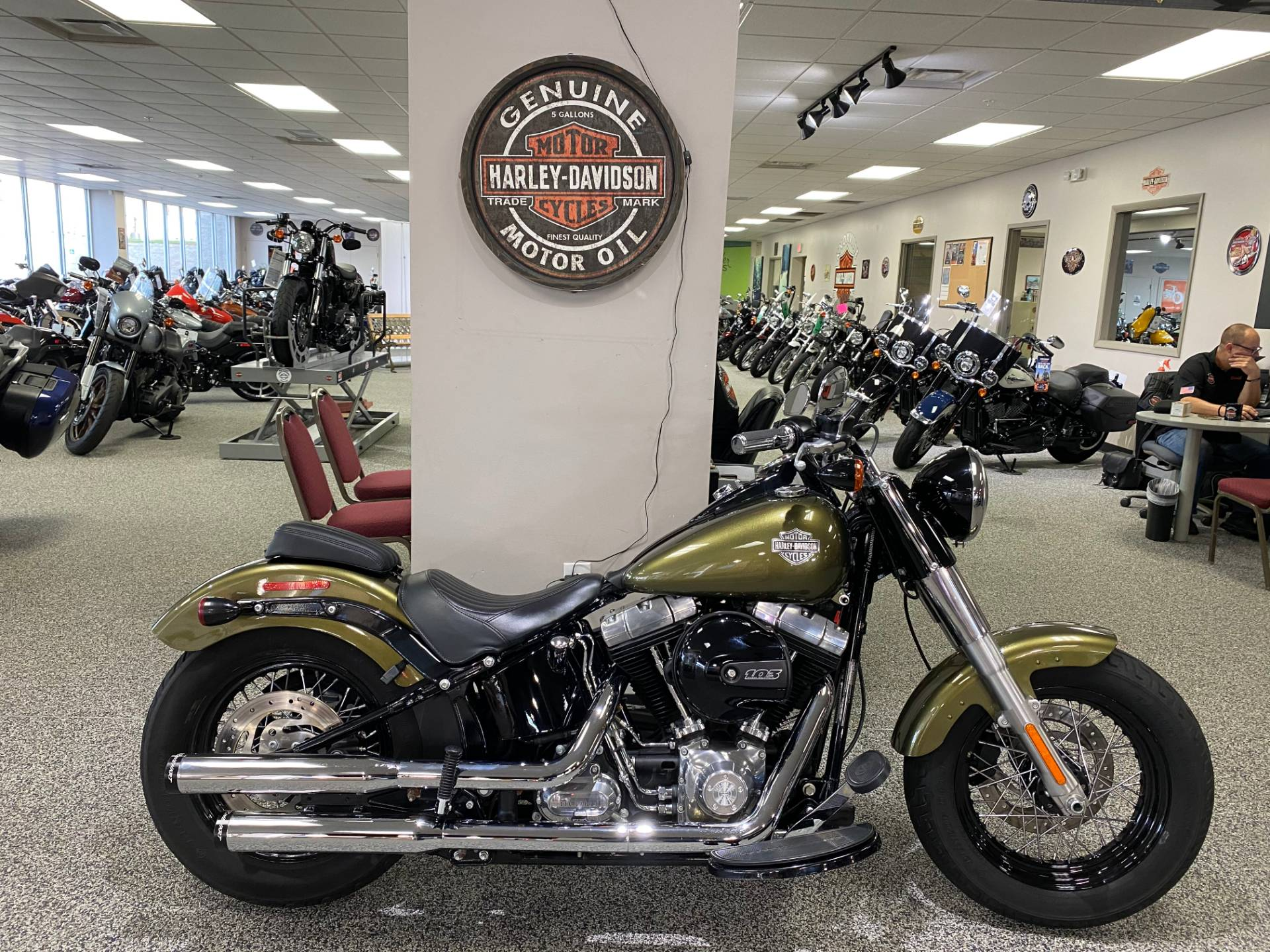 2016 Harley-Davidson Softail Slim® in Knoxville, Tennessee - Photo 1