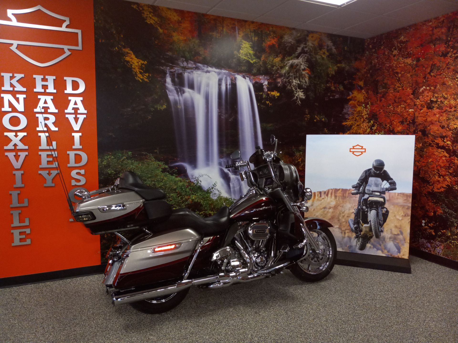 2015 Harley-Davidson CVO™ Limited in Knoxville, Tennessee - Photo 6