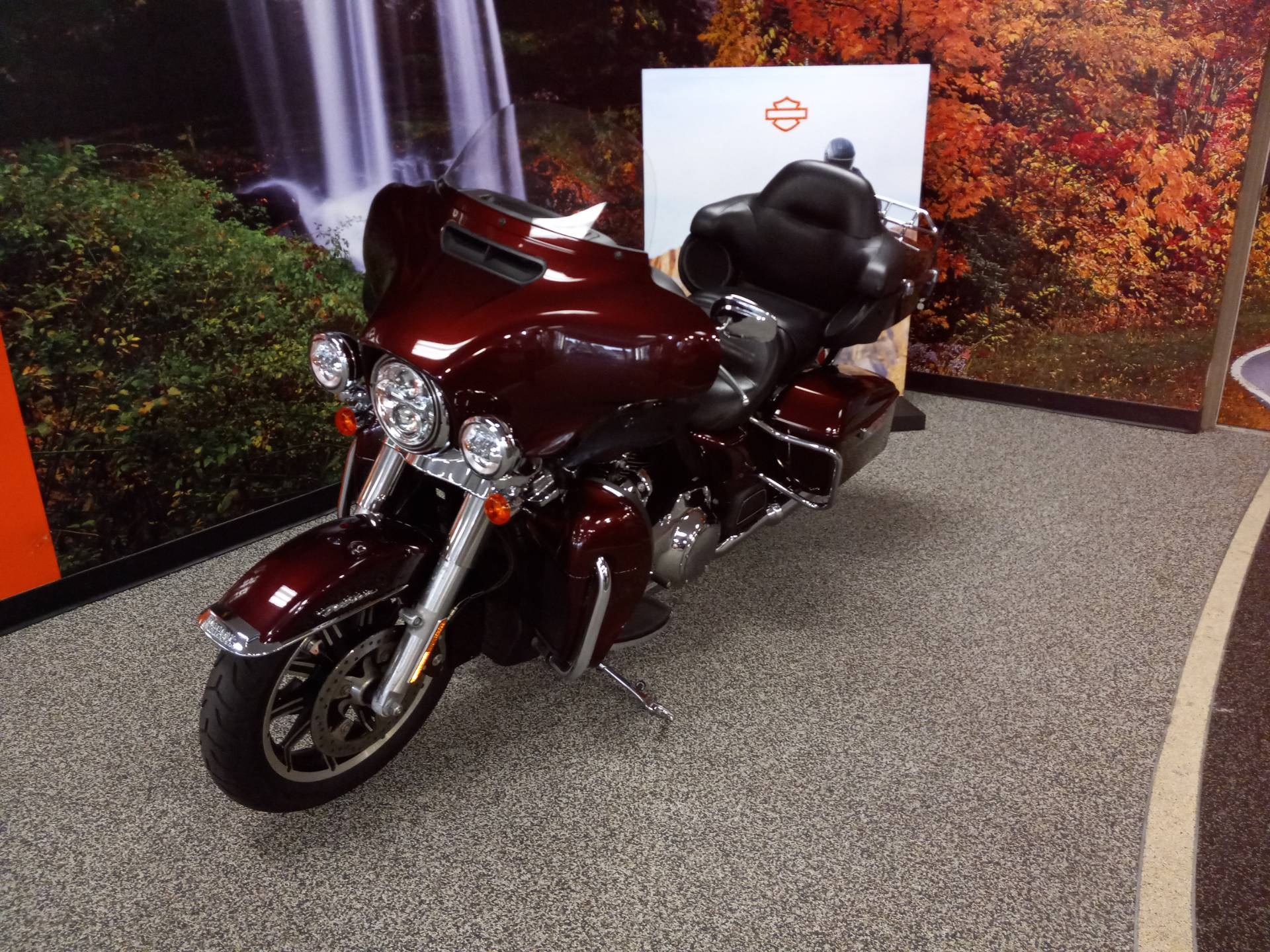 2019 Harley-Davidson Ultra in Knoxville, Tennessee - Photo 2
