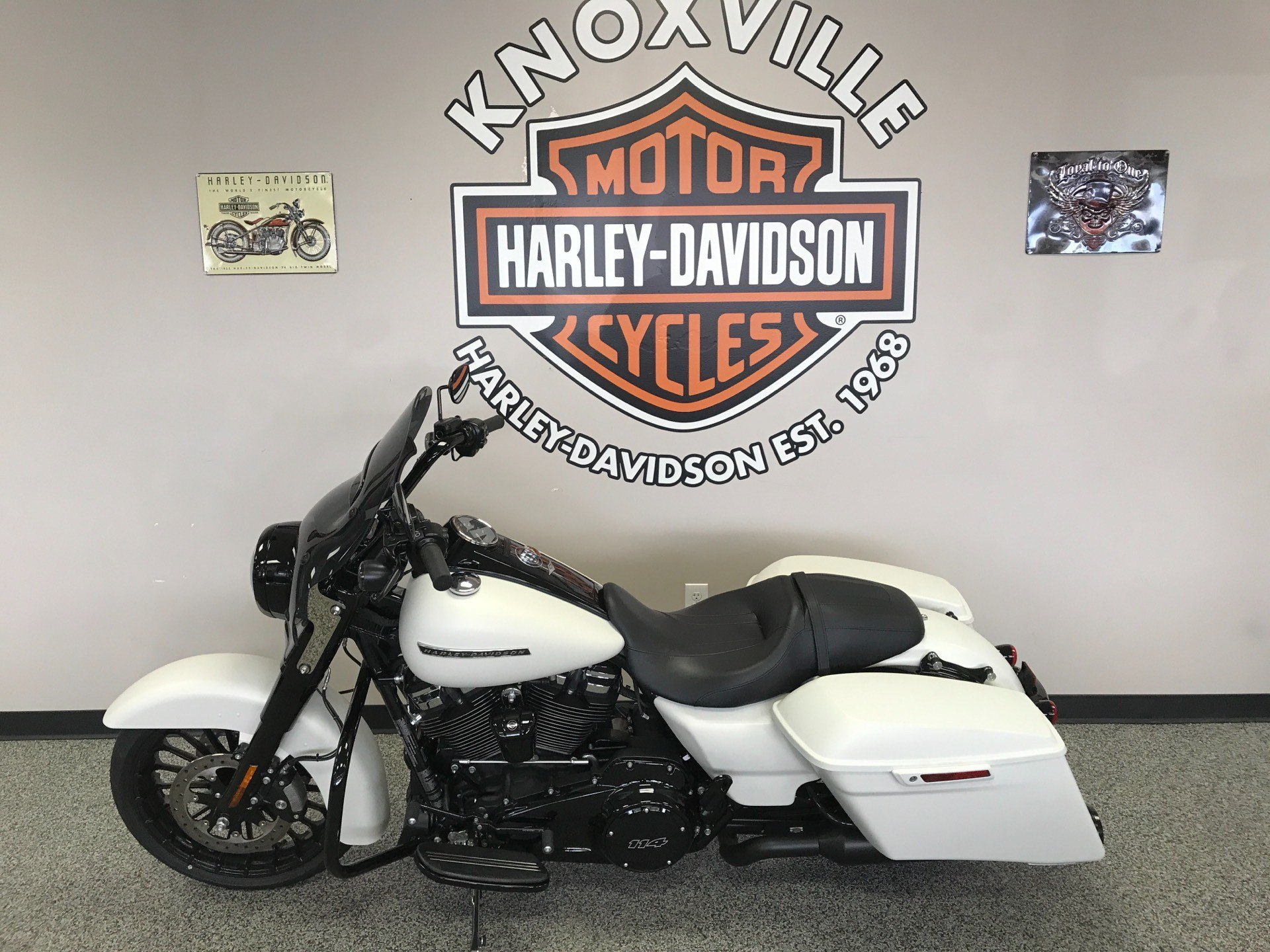 2019 Harley-Davidson Road King® Special in Knoxville, Tennessee - Photo 16