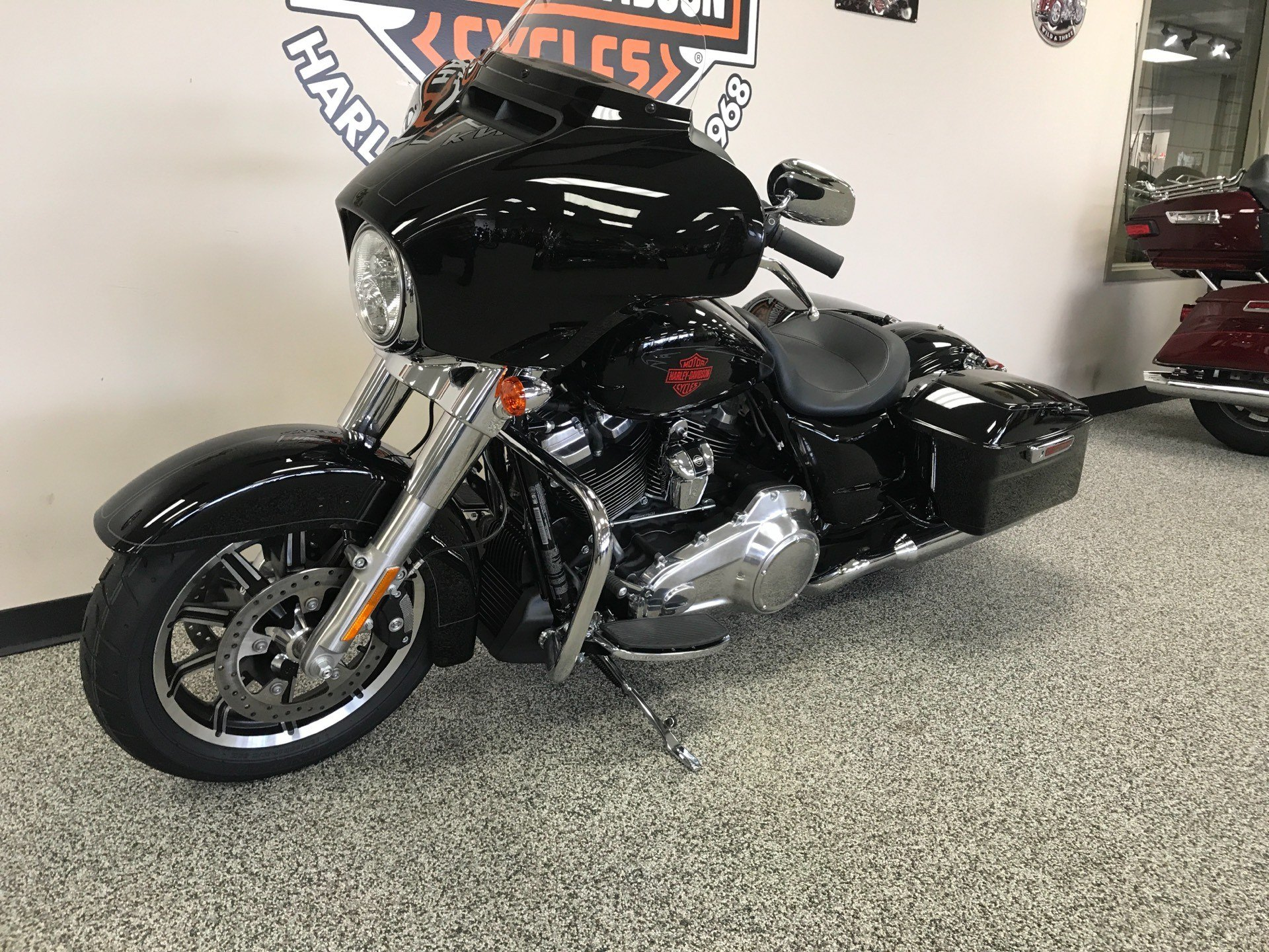 2019 Harley-Davidson Electra Glide® Standard in Knoxville, Tennessee - Photo 22
