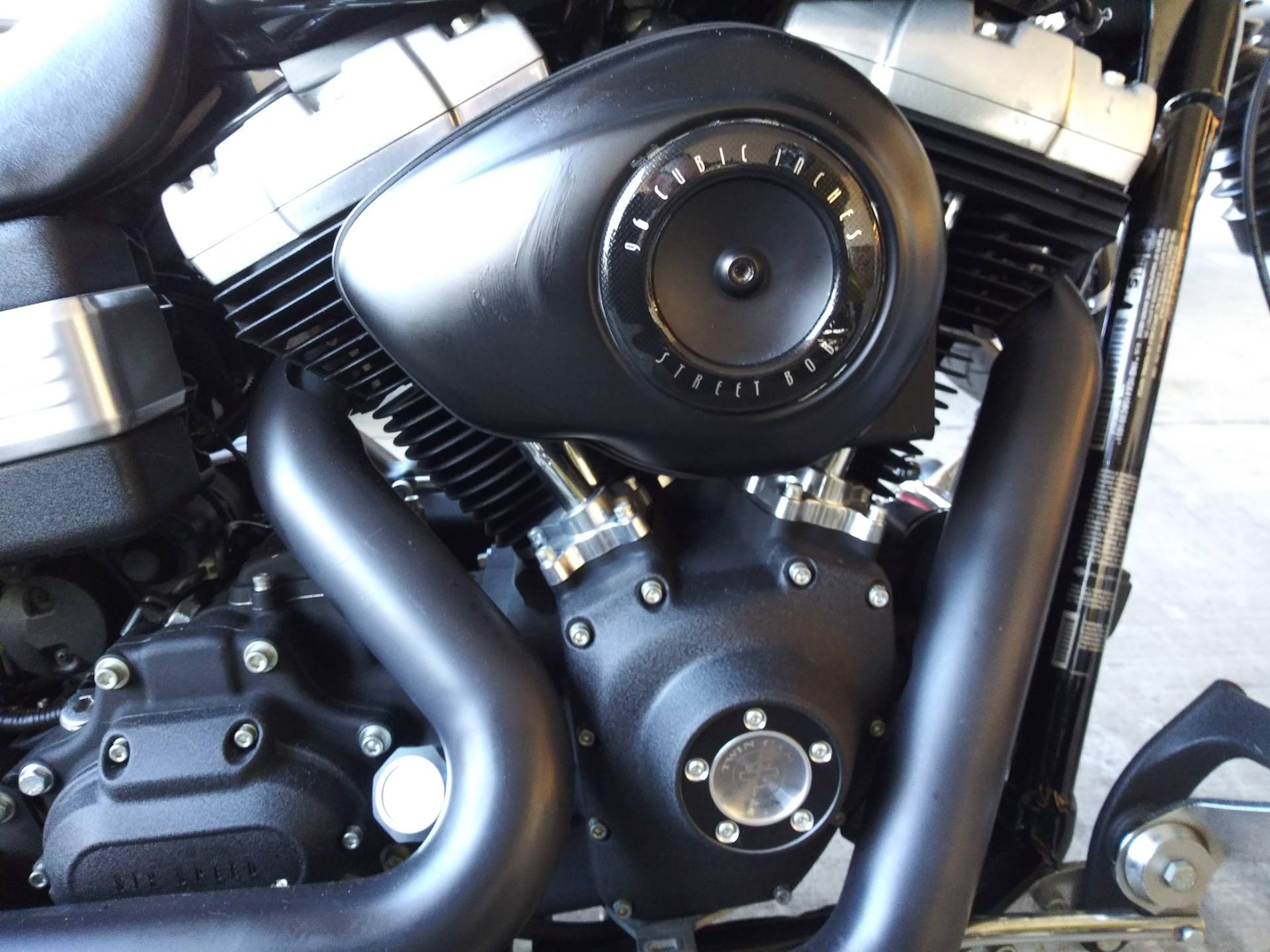 2011 Harley-Davidson Dyna® Street Bob® in Knoxville, Tennessee - Photo 3