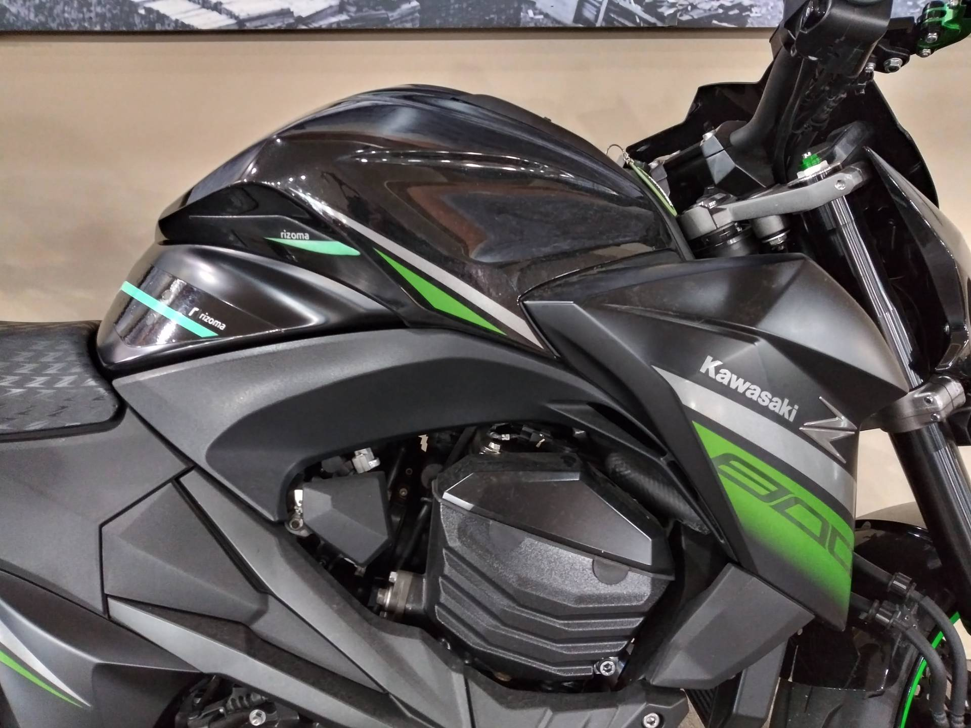 2016 Kawasaki Z800 ABS in Knoxville, Tennessee - Photo 2