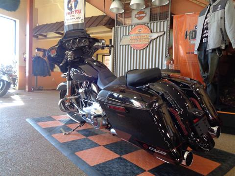 2020 Harley-Davidson CVO™ Street Glide® in Knoxville, Tennessee - Photo 24