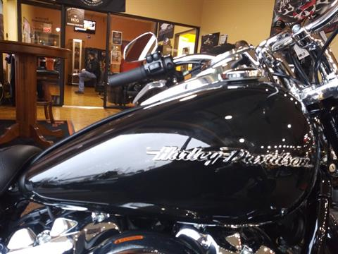 2018 Harley-Davidson Softail® Deluxe 107 in Knoxville, Tennessee - Photo 2