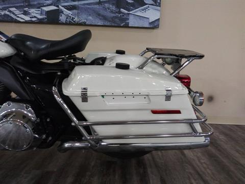 2011 Harley-Davidson Police Electra Glide® in Knoxville, Tennessee - Photo 16