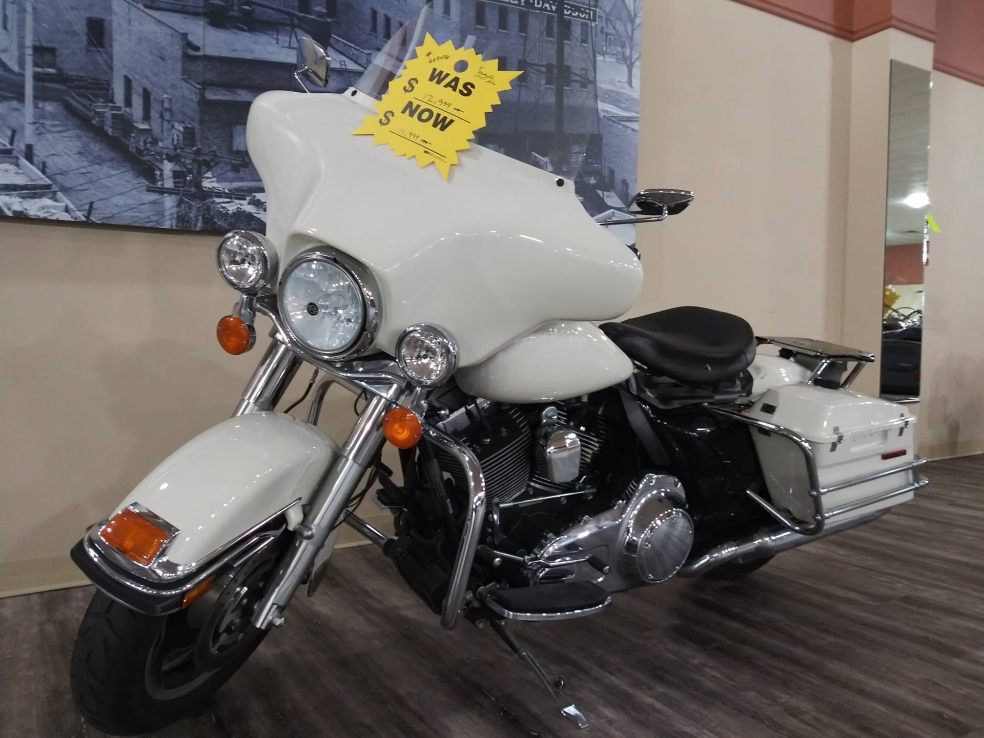 2011 Harley-Davidson Police Electra Glide® in Knoxville, Tennessee - Photo 20