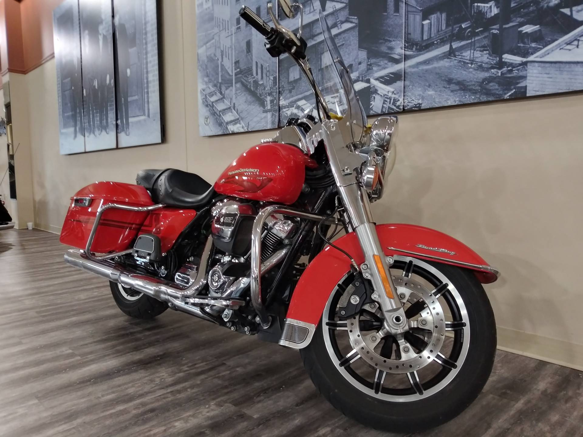 2017 Harley-Davidson Road King® in Knoxville, Tennessee - Photo 11