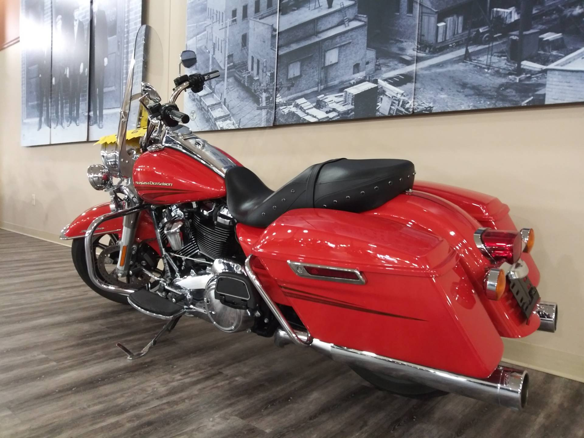 2017 Harley-Davidson Road King® in Knoxville, Tennessee - Photo 17