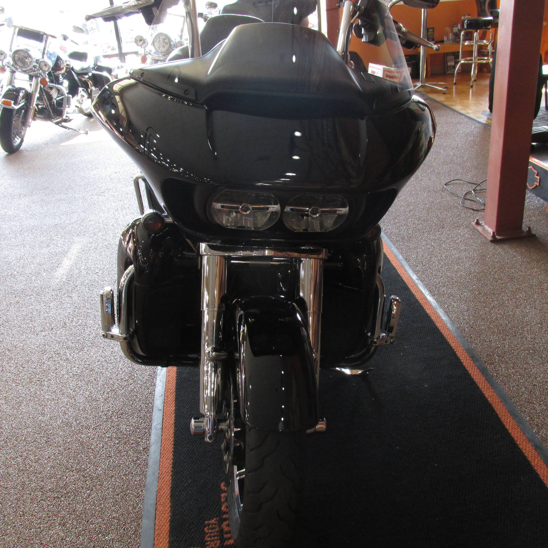 2019 Harley-Davidson Road Glide® Ultra in Knoxville, Tennessee - Photo 4