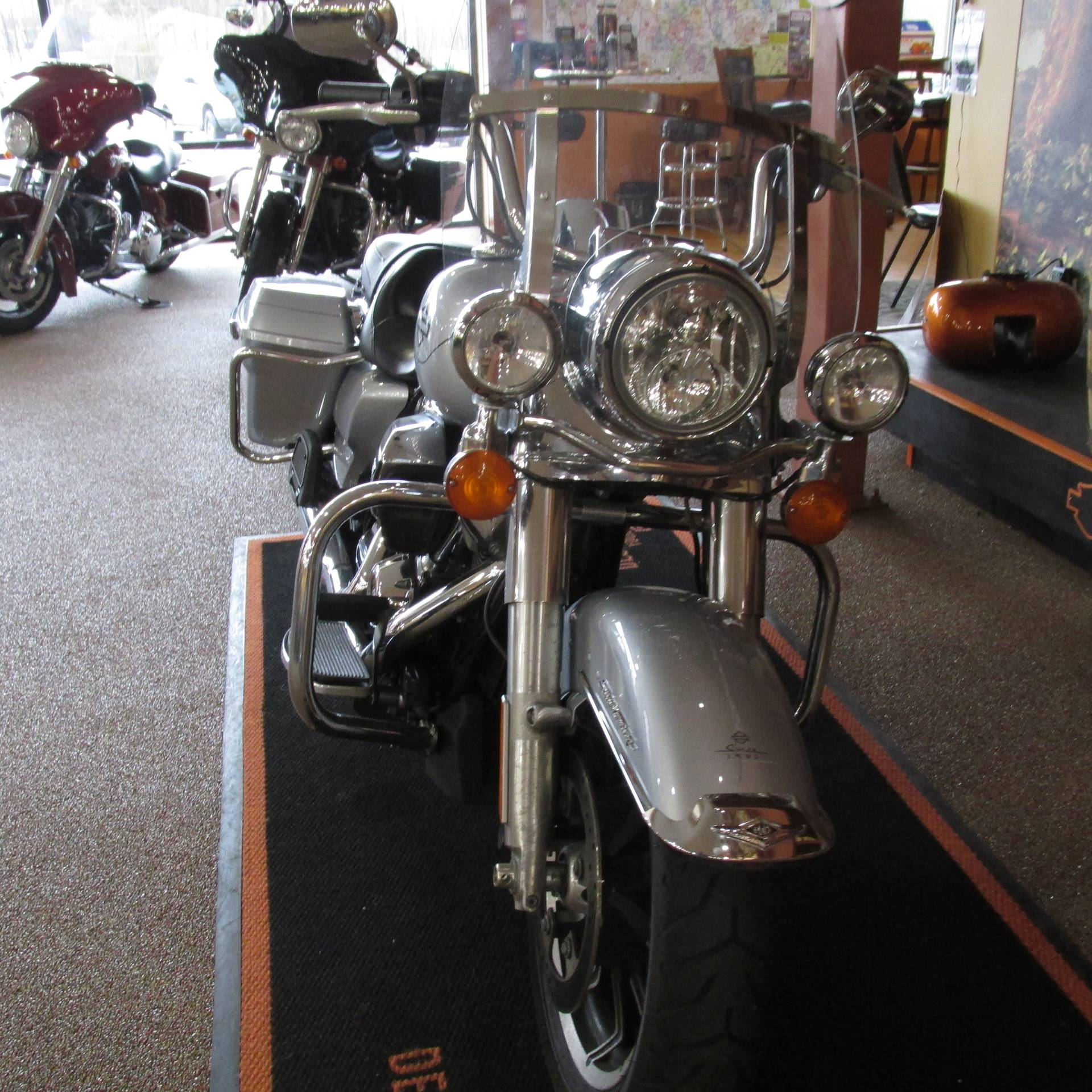 2019 Harley-Davidson Road King® in Knoxville, Tennessee - Photo 3