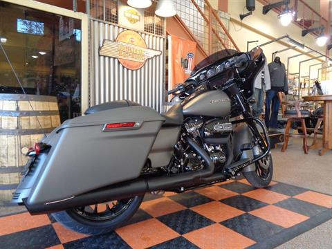 2019 Harley-Davidson Street Glide® Special in Knoxville, Tennessee - Photo 5