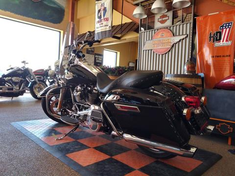 2018 Harley-Davidson Road King® in Knoxville, Tennessee - Photo 17
