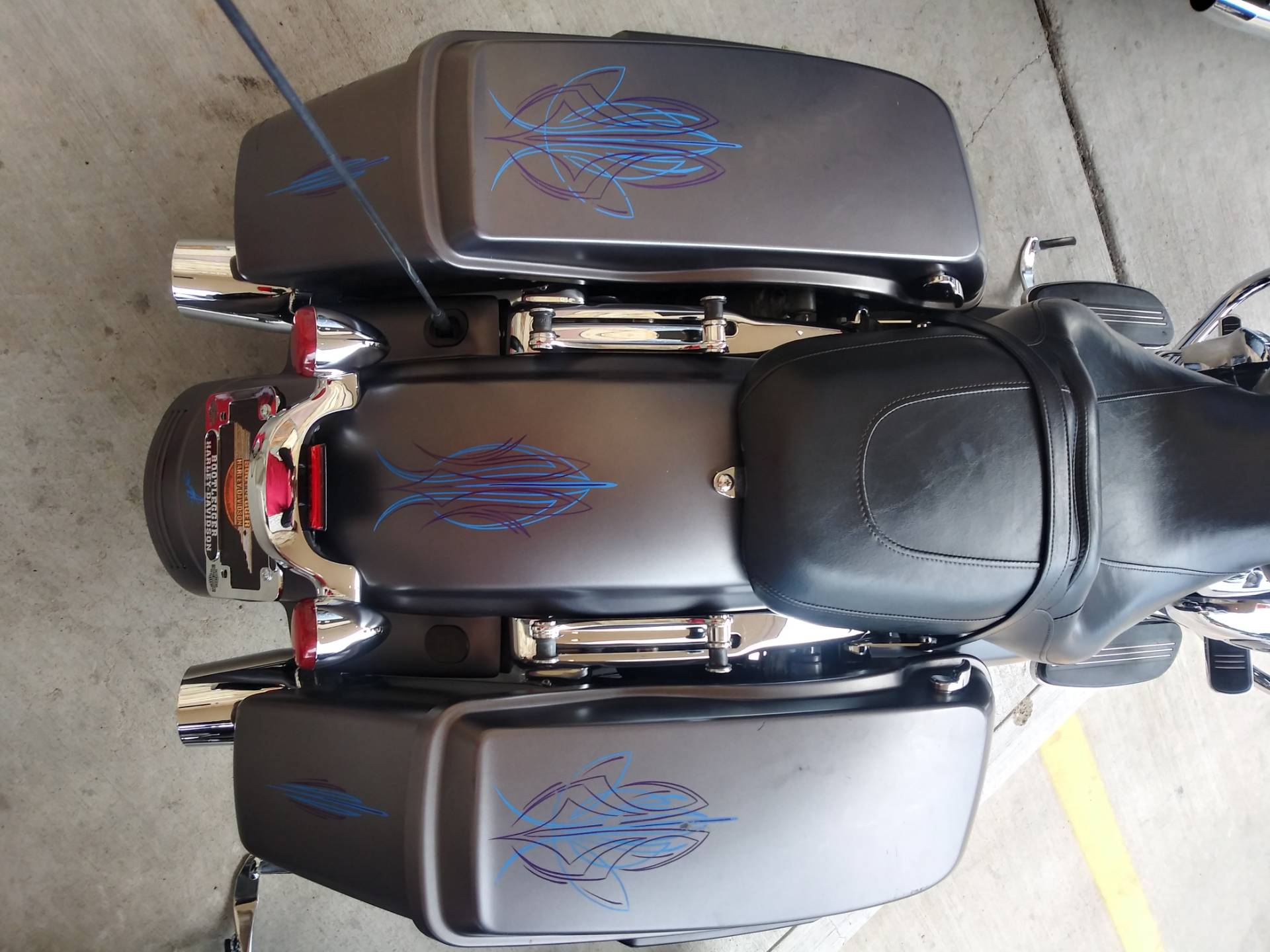 2017 Harley-Davidson Street Glide® Special in Knoxville, Tennessee - Photo 9