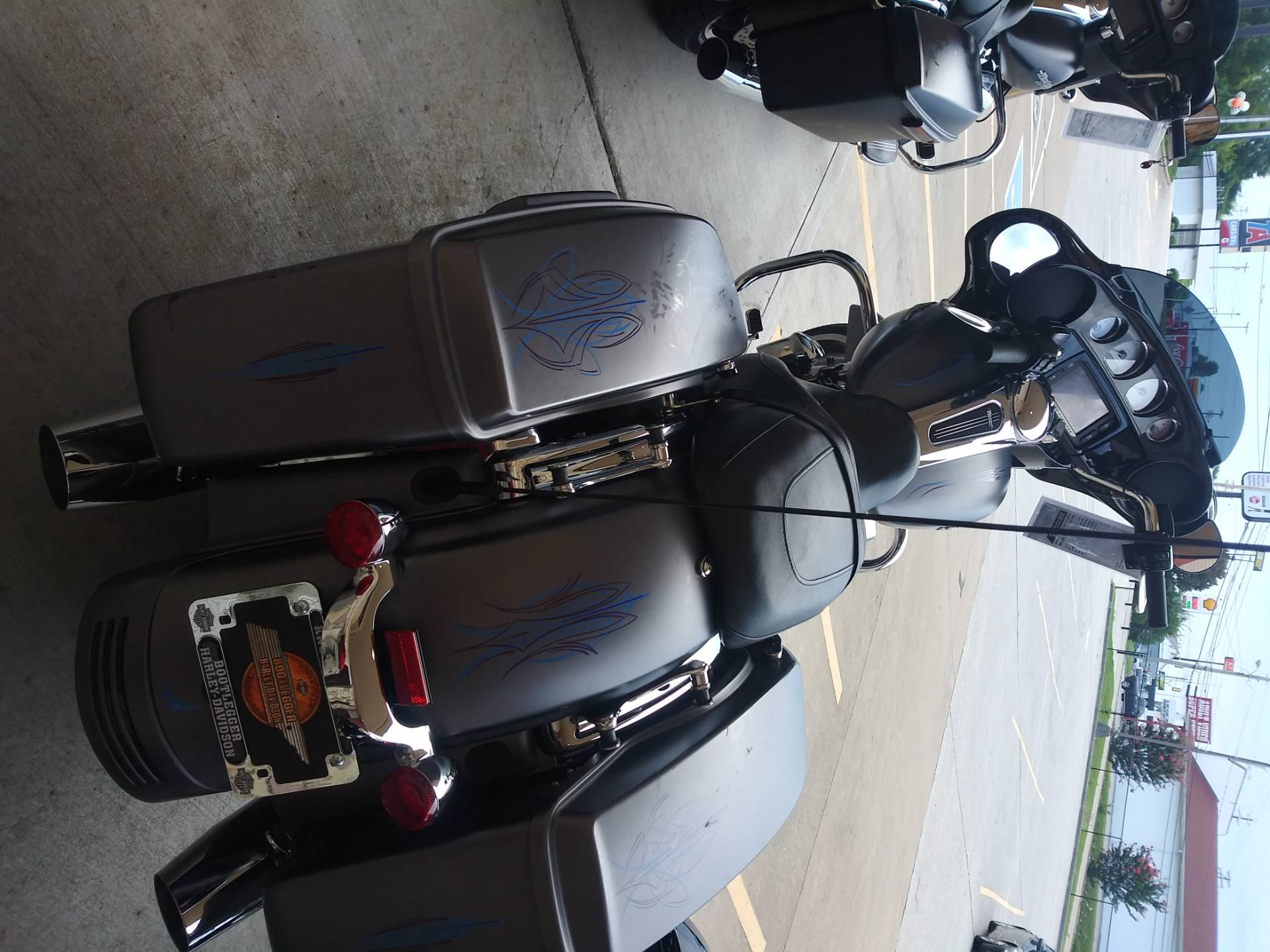 2017 Harley-Davidson Street Glide® Special in Knoxville, Tennessee - Photo 17