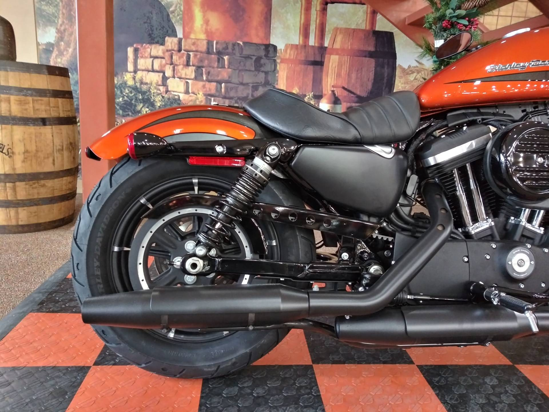 2020 Harley-Davidson Iron 883™ in Knoxville, Tennessee - Photo 4