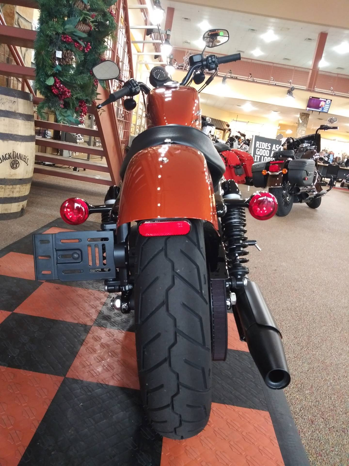 2020 Harley-Davidson Iron 883™ in Knoxville, Tennessee - Photo 6