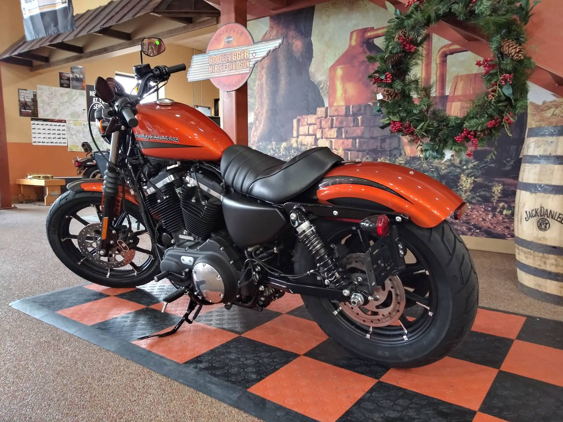 2020 Harley-Davidson Iron 883™ in Knoxville, Tennessee - Photo 17