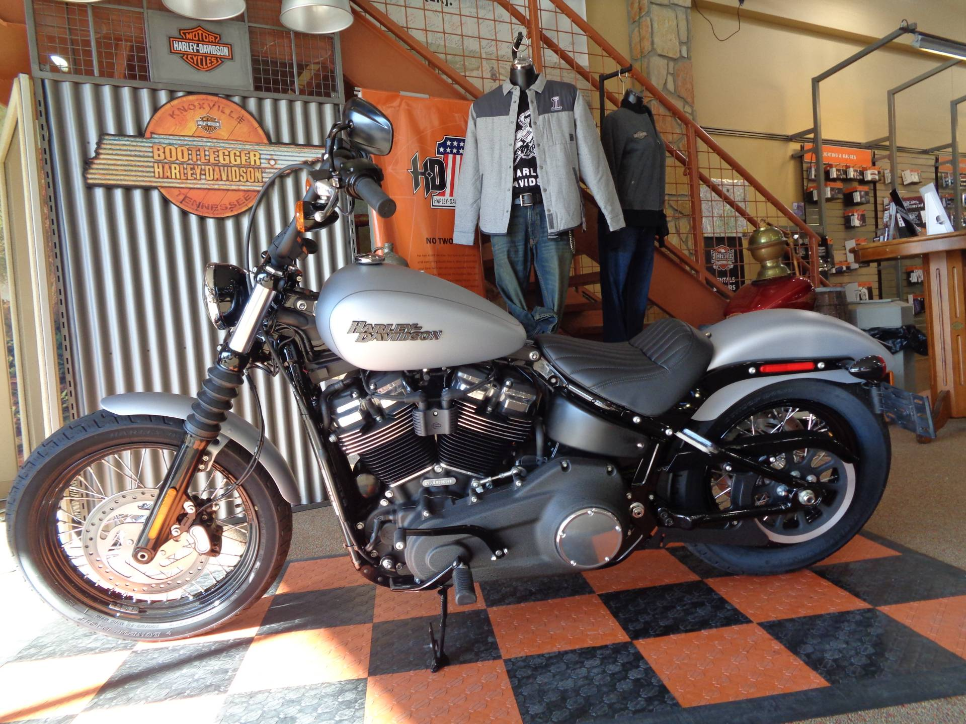 2020 Harley-Davidson Street Bob® in Knoxville, Tennessee - Photo 11