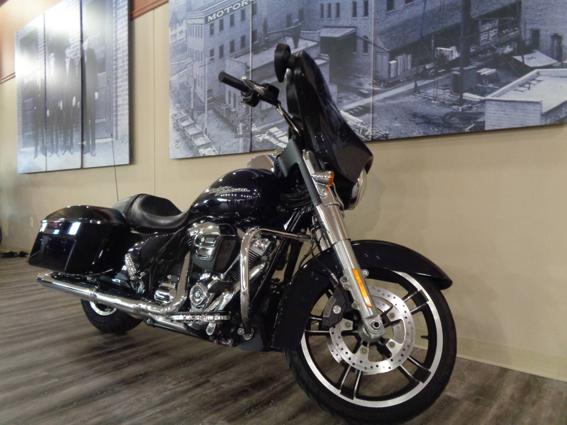 Used 2019 Harley Davidson Street Glide Motorcycles In Knoxville
