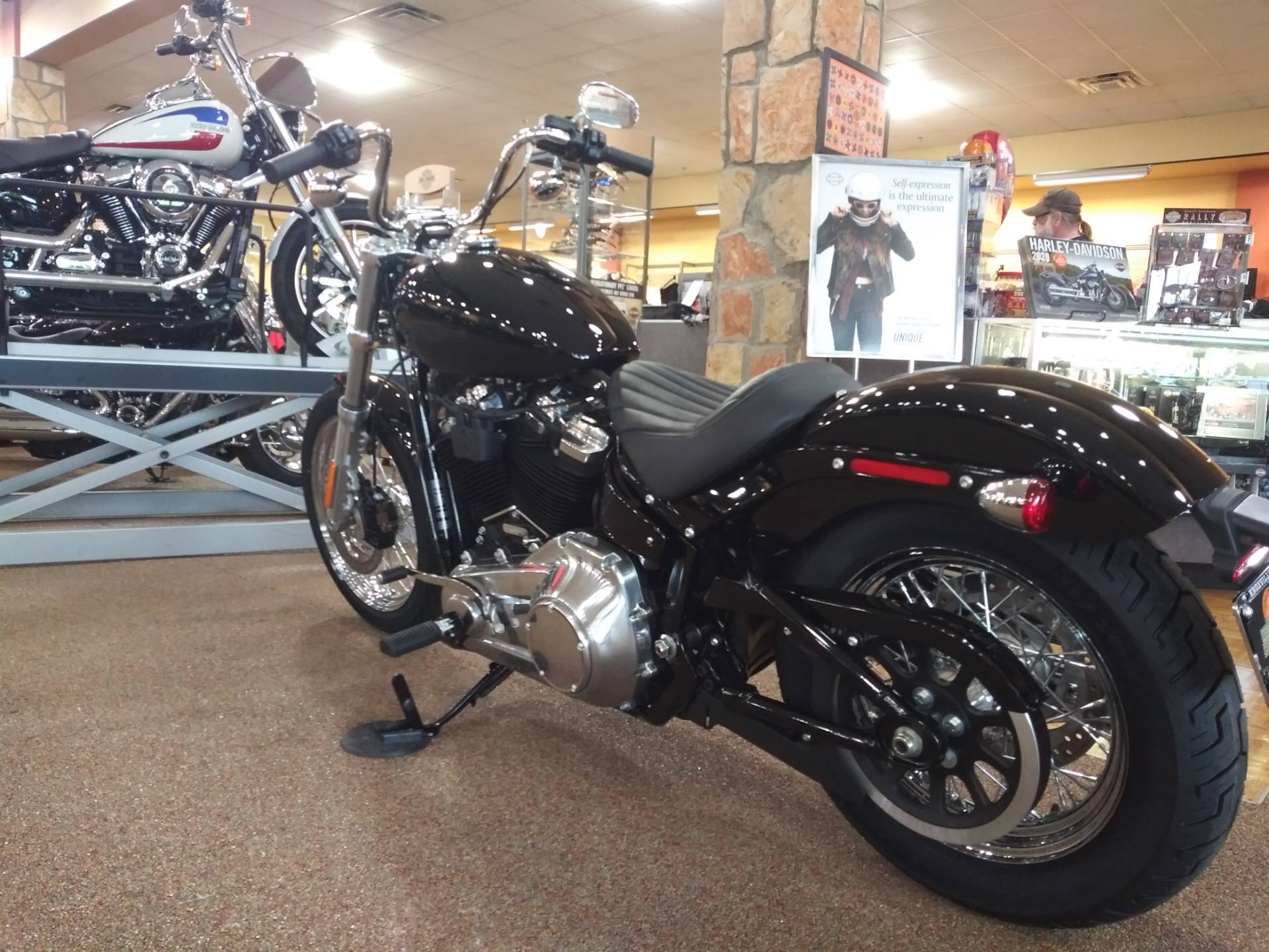 2020 Harley-Davidson Softail® Standard in Knoxville, Tennessee - Photo 16