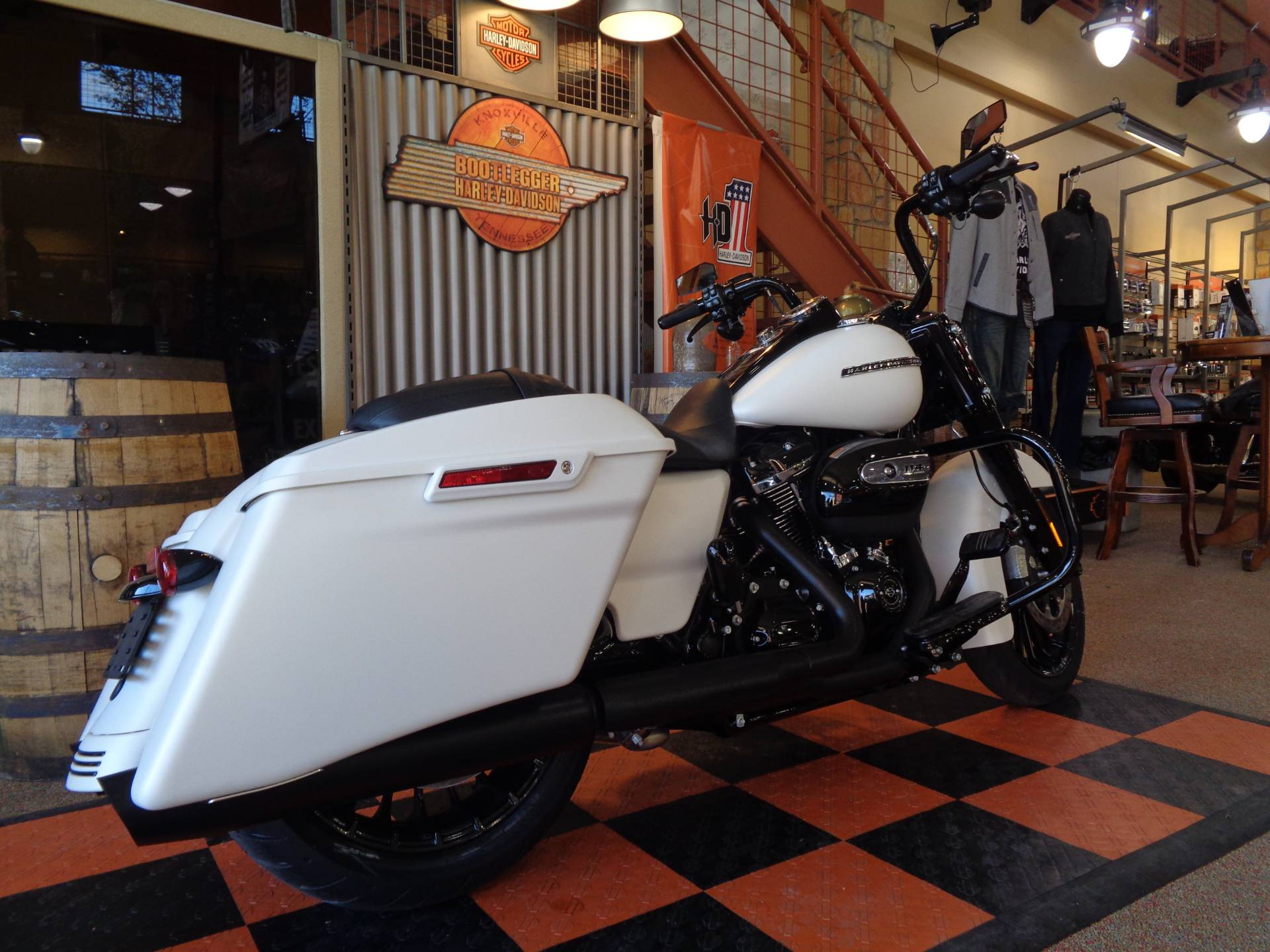 2019 Harley-Davidson Road King® Special in Knoxville, Tennessee - Photo 5