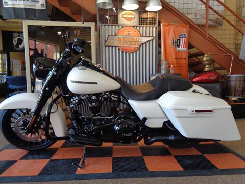 2019 Harley-Davidson Road King® Special in Knoxville, Tennessee - Photo 12