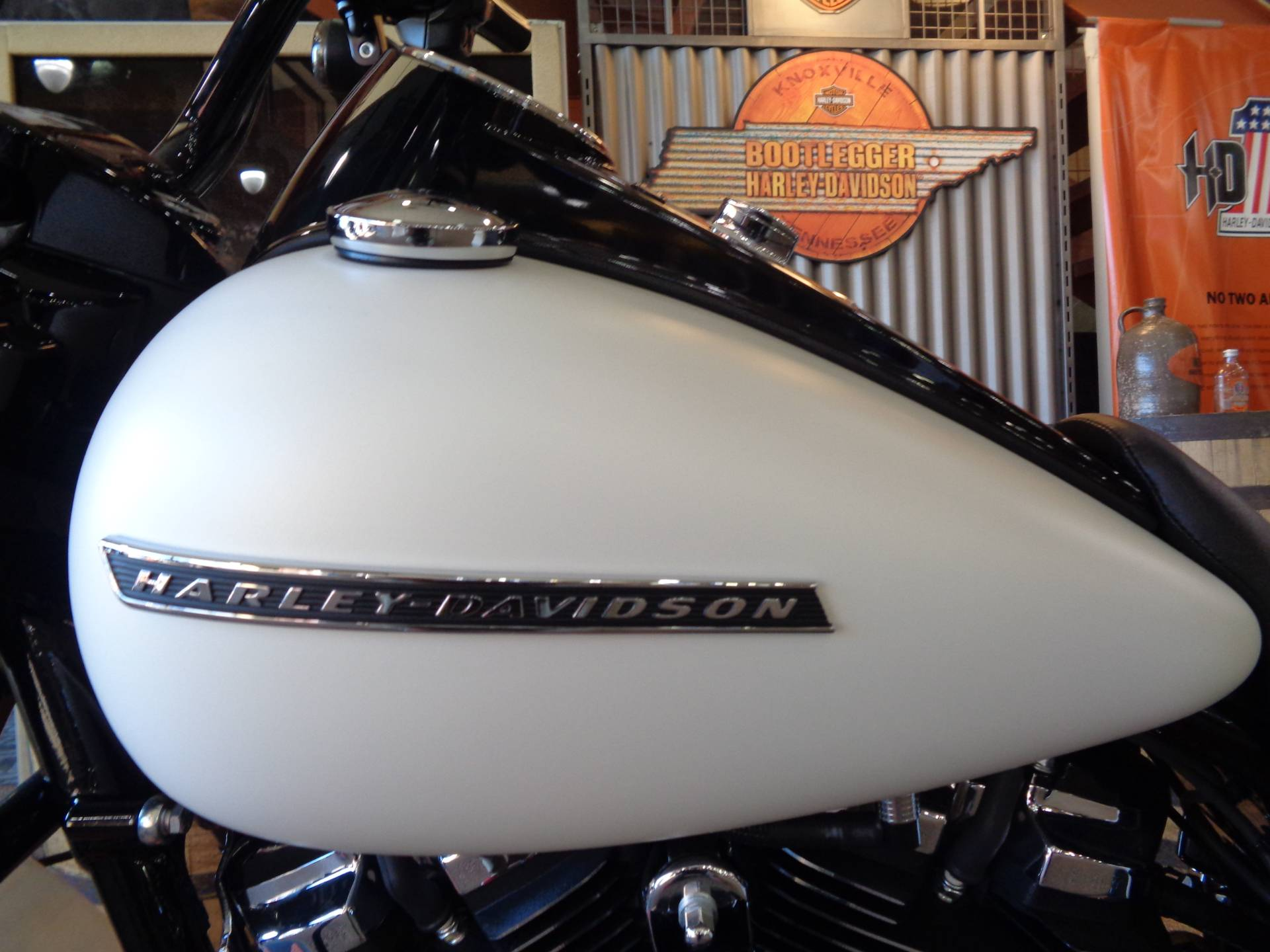 2019 Harley-Davidson Road King® Special in Knoxville, Tennessee - Photo 13