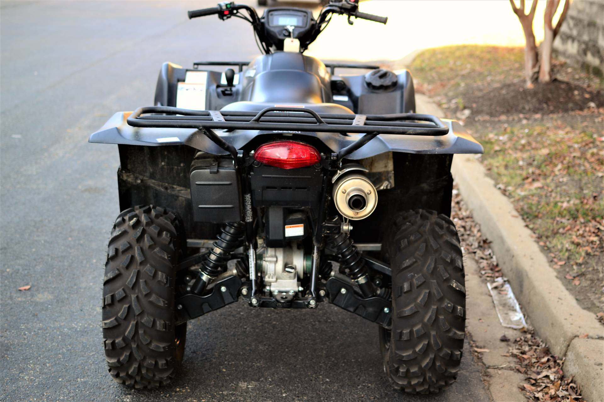 2016 Suzuki KingQuad 750AXi Power Steering Limited Edition in Olive Branch, Mississippi - Photo 8