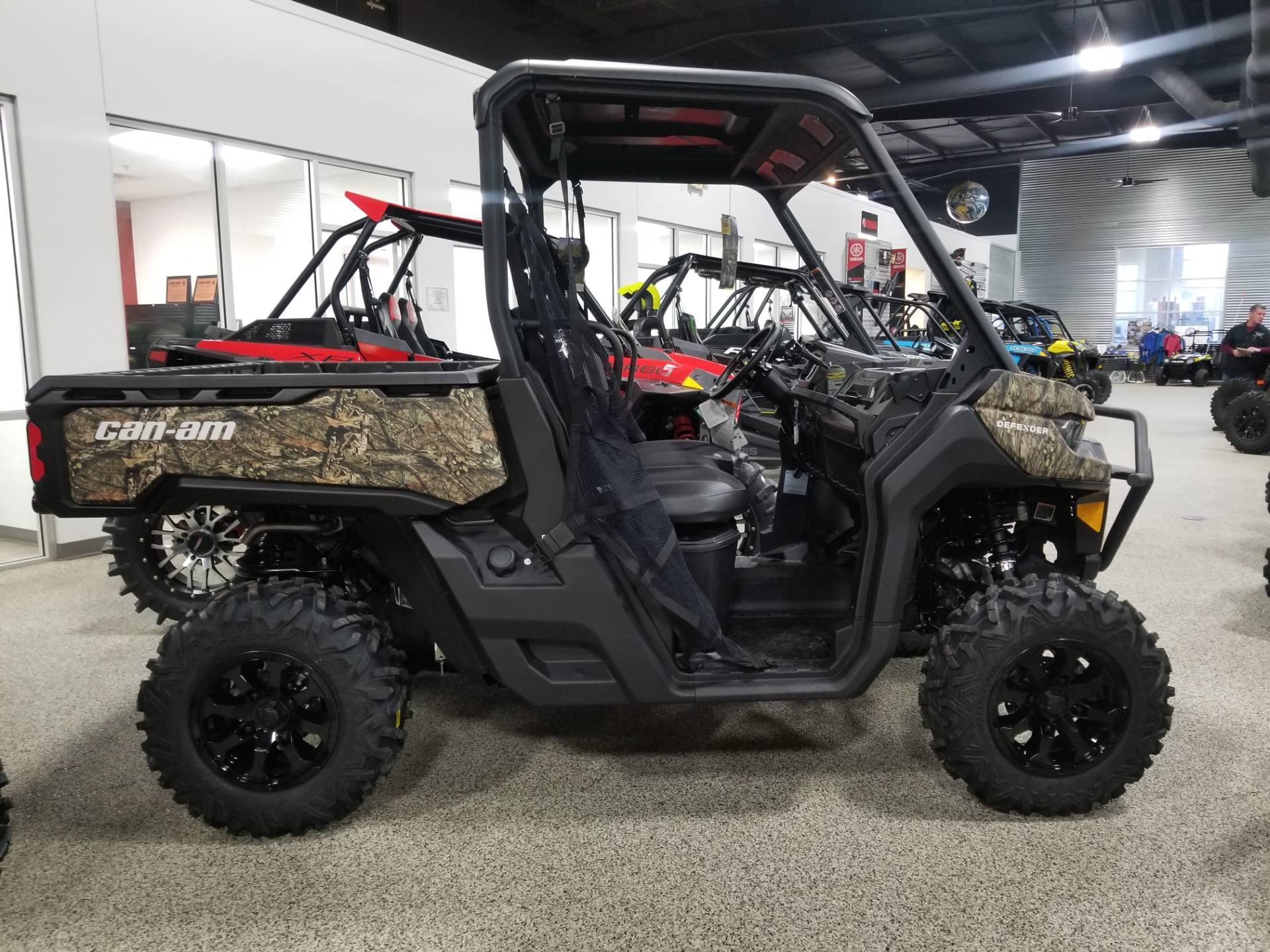 2020 Can-Am Defender XT HD10 in Olive Branch, Mississippi - Photo 1