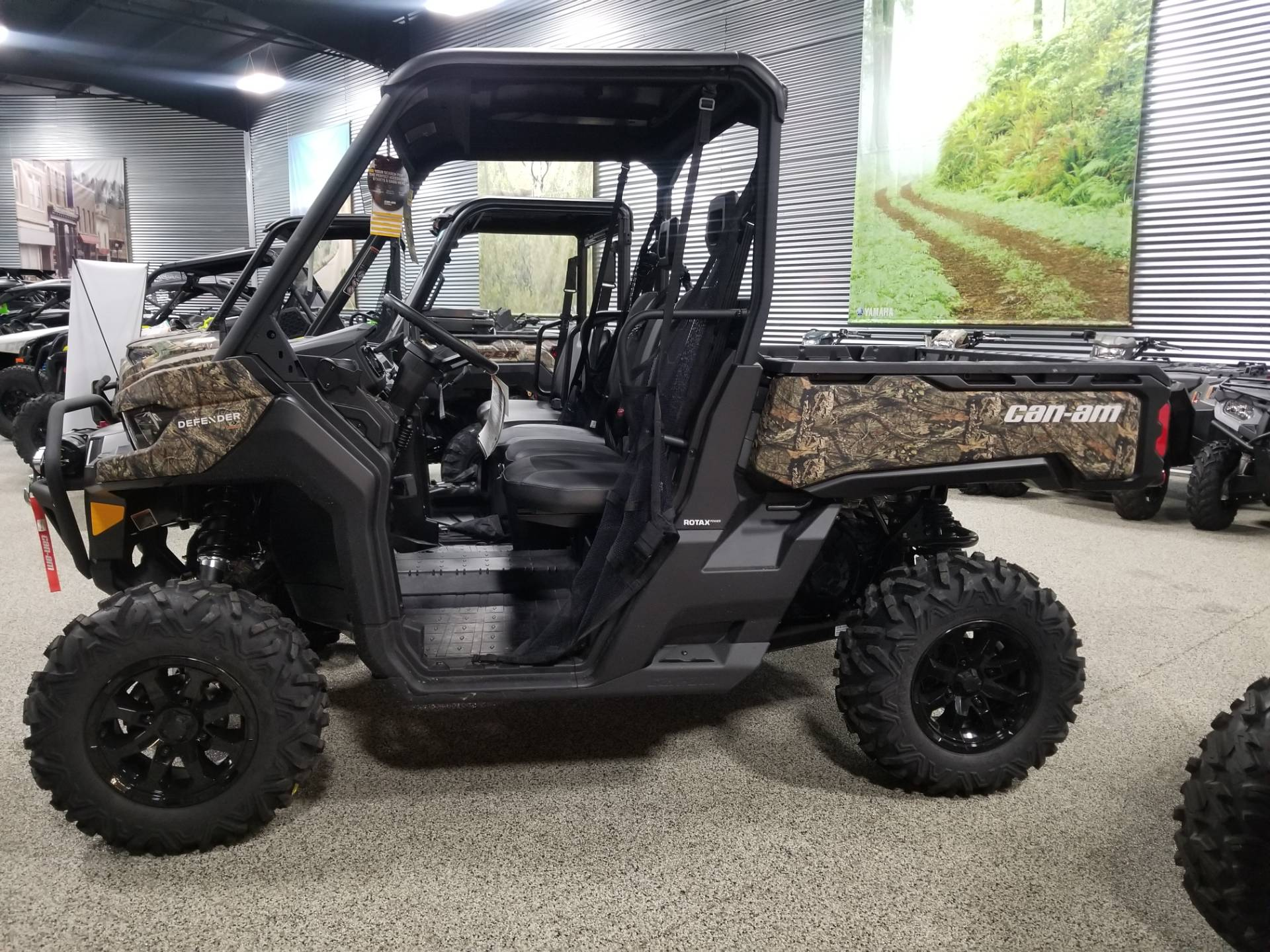 2020 Can-Am Defender Mossy Oak Edition HD10 in Olive Branch, Mississippi - Photo 1