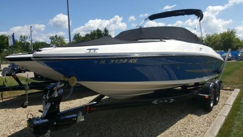 2014 Sea Ray 205 in Round Lake, Illinois