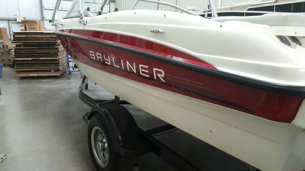 2011 Bayliner 185 BR in Round Lake, Illinois