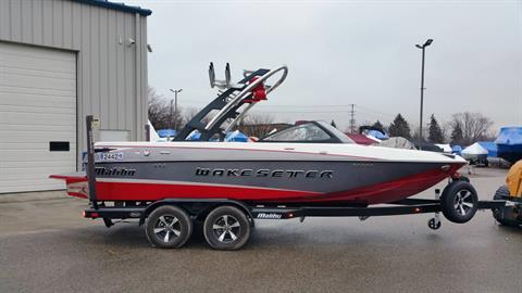 2014 Malibu Wakesetter 20 VTX in Round Lake, Illinois