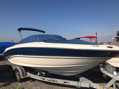 2003 Sea Ray 240 SIGNATURE BR in Round Lake, Illinois