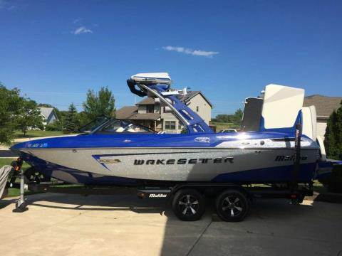 2014 Malibu Wakesetter 23 LSV in Round Lake, Illinois