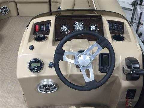 2017 Bennington 21 SLX in Round Lake, Illinois