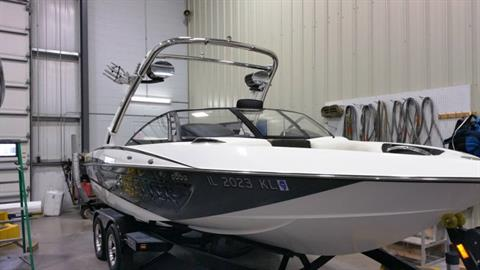 2012 Malibu Wakesetter VLX in Round Lake, Illinois