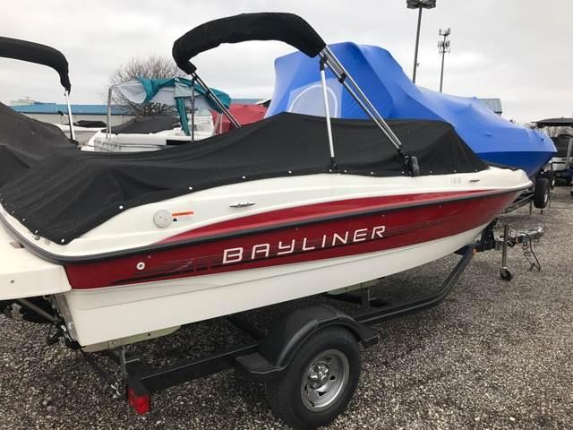 2011 Bayliner 185 in Round Lake, Illinois