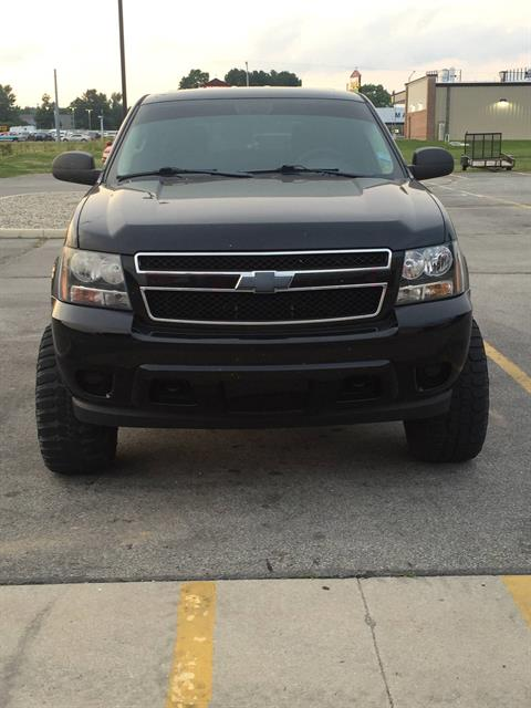 2011 Chevrolet TAHOE in Kendallville, Indiana