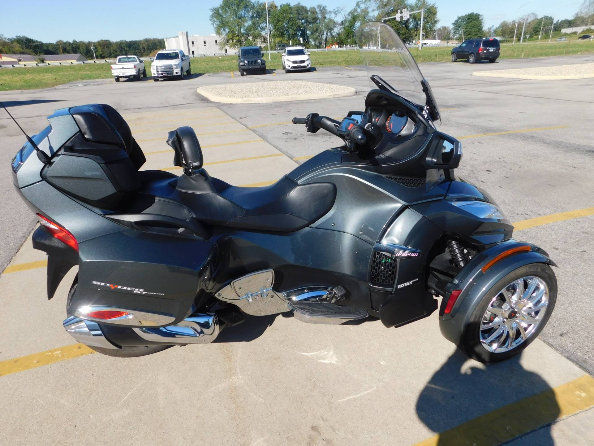 2017 Can-Am Spyder RT Limited in Kendallville, Indiana