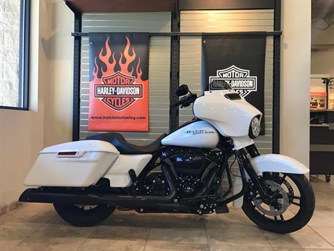 2017 Harley-Davidson Street Glide® Special in Omaha, Nebraska