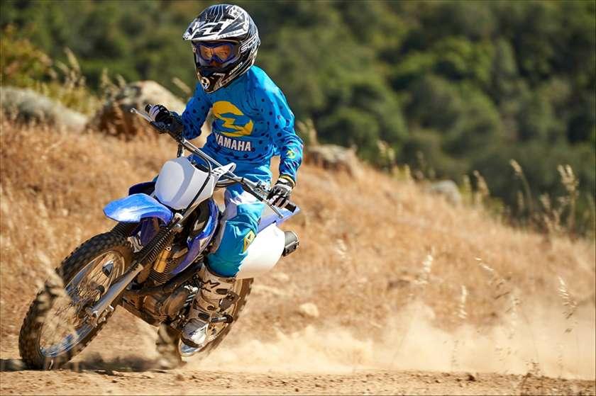 2016 Yamaha TT-R125LE 6