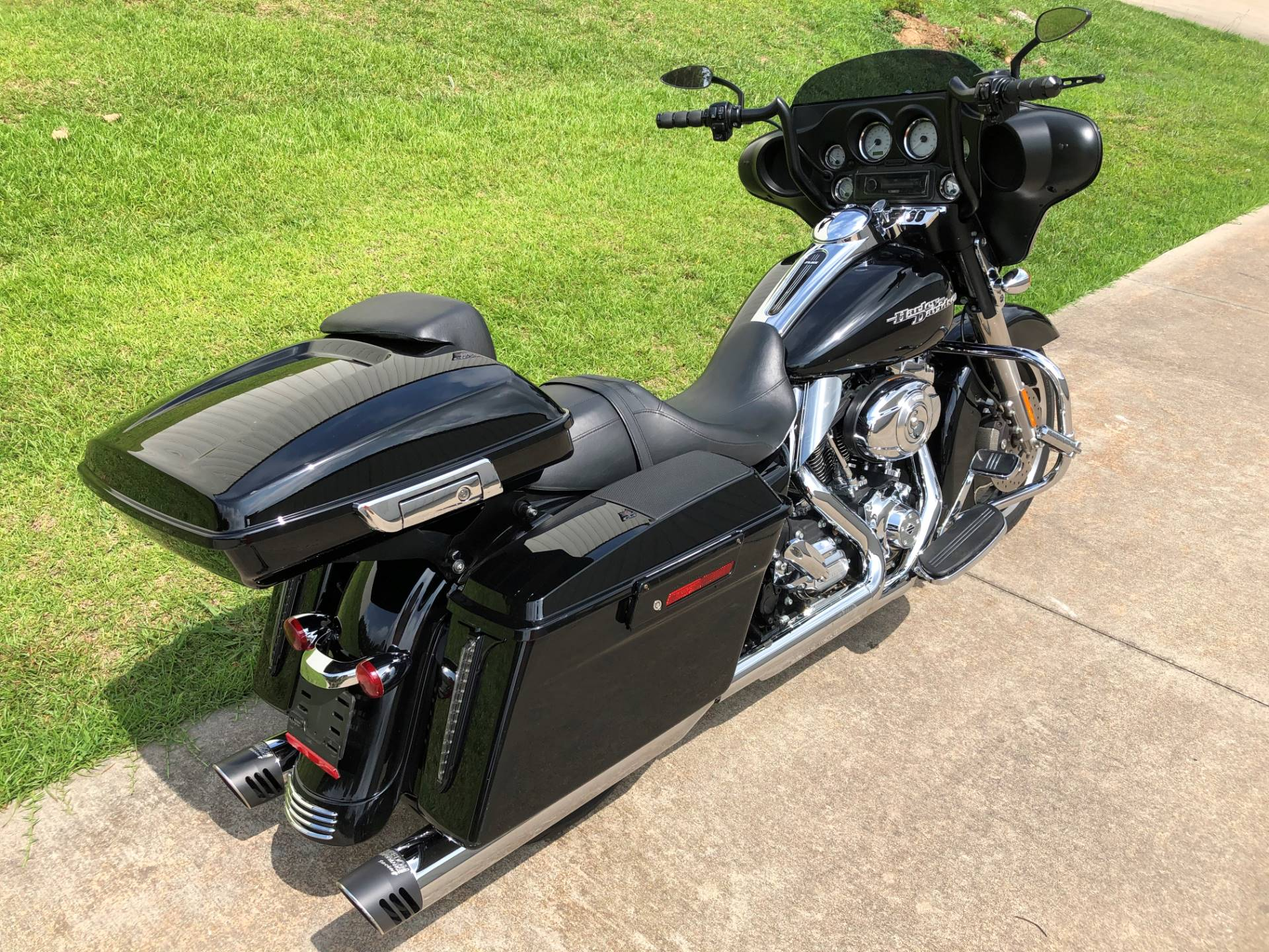 2013 Harley-Davidson Street Glide® in Fayetteville, Georgia - Photo 8