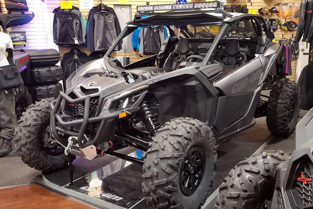 2018 Can-Am™ Maverick X3 X rs Turbo R 3
