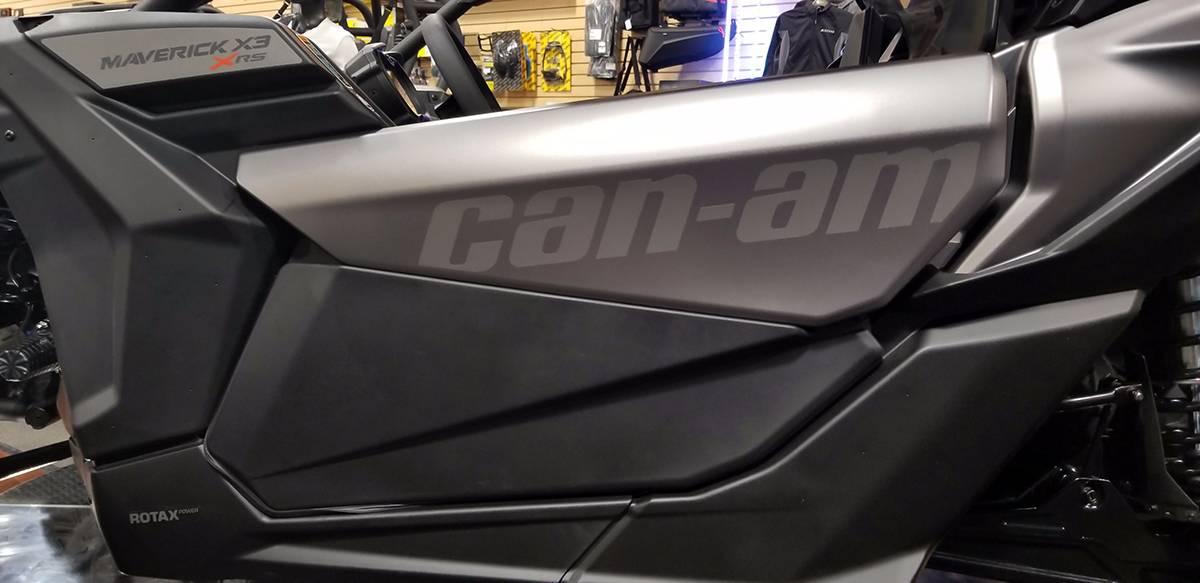 2018 Can-Am™ Maverick X3 X rs Turbo R 9